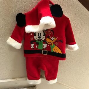 NWT Disney Store Santa Clause Mickey Pluto Outfit